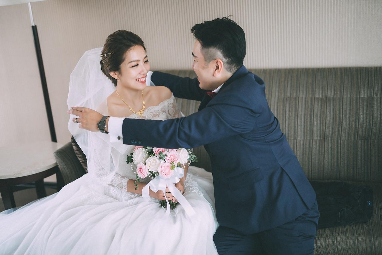 OHHIYAO早安攝影; 新莊典華婚禮婚攝; 新莊典華婚禮紀錄; 朱飾戴吉新秘